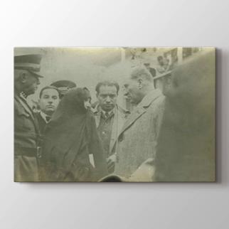 Atatürk Halk Arasında görseli.