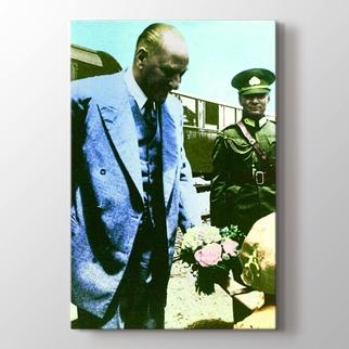 Atatürk'ü Karşılama görseli.