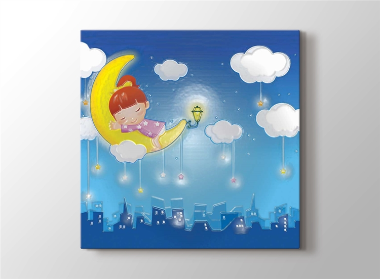 Ay'da Uyuyan Kız