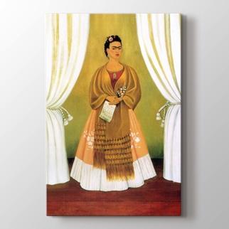 Perdeler Arasında Frida görseli.
