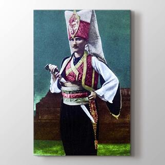 Atatürk Yeniçeri Kıyafetleriyle görseli.