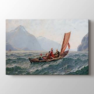 Yelkenli Tekne ile Fiyord  görseli.